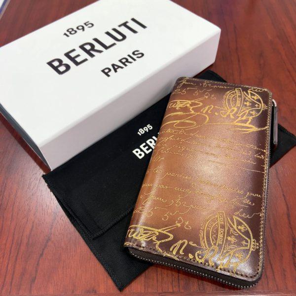 ベルルッティ/BERLUTI カリグラフィ ITAUBA イタウバ スクリットレザージップ長財布